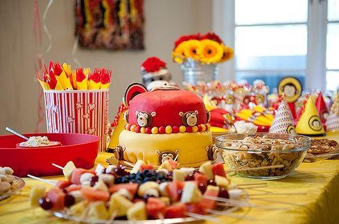 Comida-básico cumpleaños perfecto