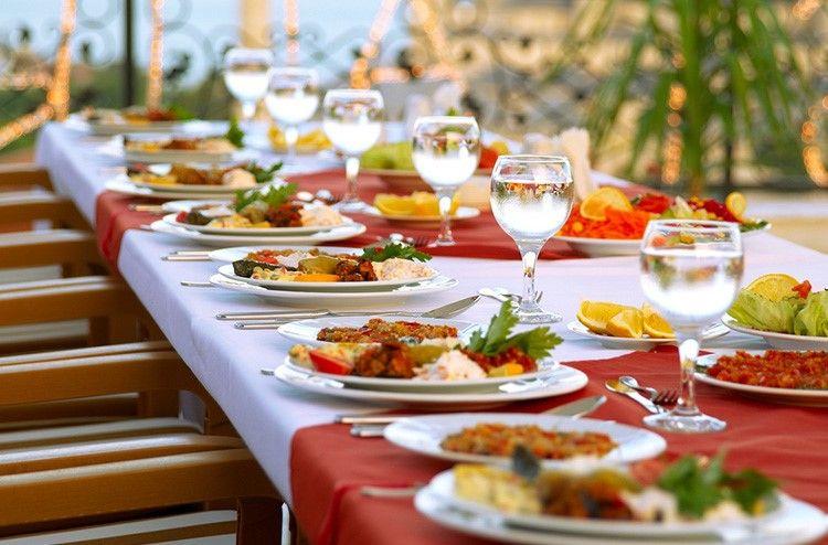 Consejos para contratar catering para Primera Comunión