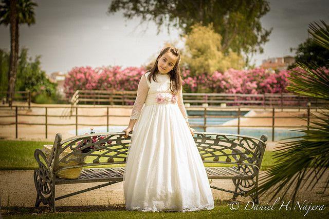 Sorprende con vestidos de comunión