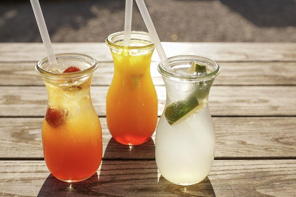 cócteles sin alcohol para refrescar a tus invitados
