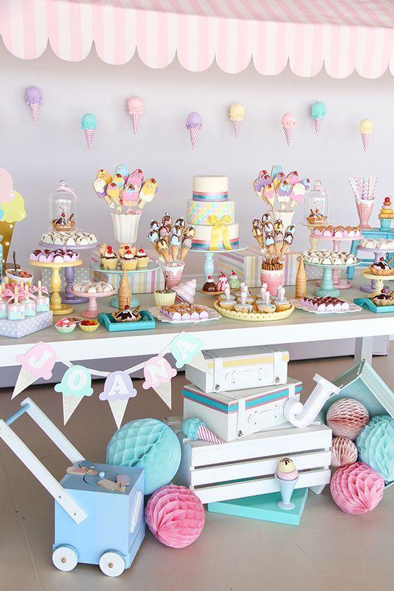 Colores llamativos para una fiesta de helados