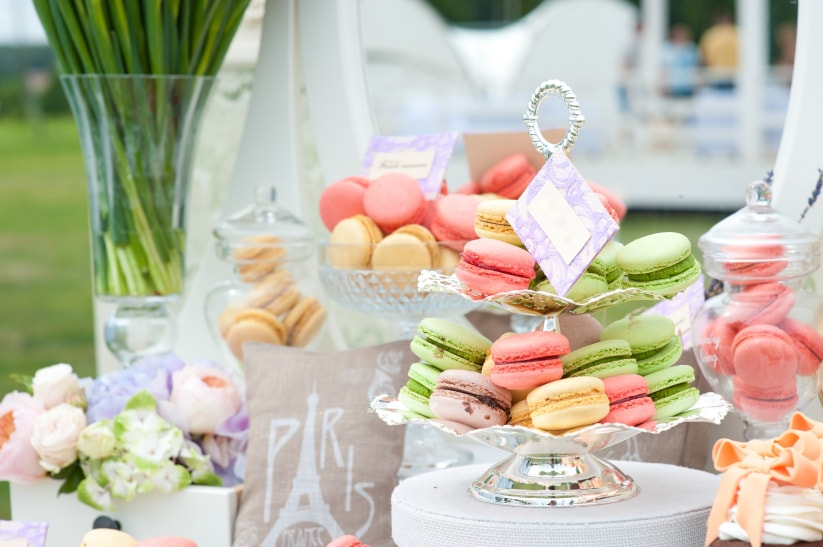 Candy macarons bar