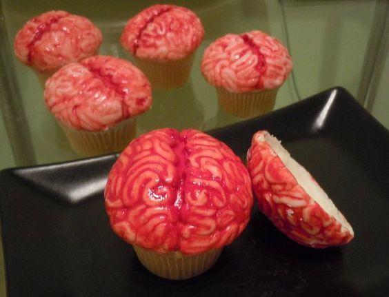 Cupcake relleno decorado de cerebro